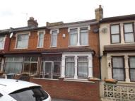3 bedroom Terraced house for sale in Shakespeare Crescent...