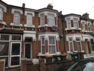 2 bedroom Flat for sale in Heigham Road, East Ham