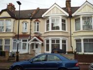 3 bedroom Terraced property in Cotswold Gardens...
