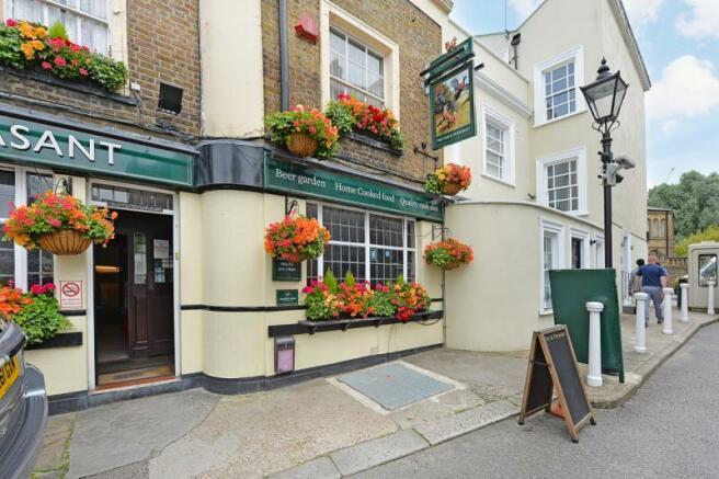Private Road Pub