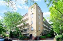 Maisonette for sale in McCall House...