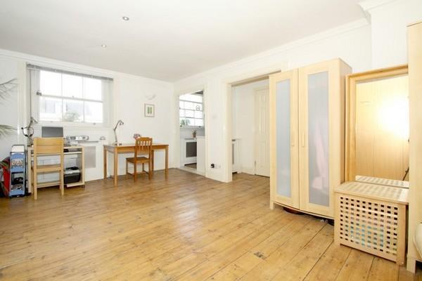 Studio flat for sale in horley court 44 inverness terrace for 73 studios inverness terrace