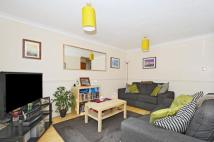 Maisonette in Linnett Close, London