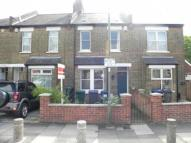 2 bed Terraced house for sale in Grove Road, London, N12