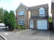 4 bed Detached property in Kettlewell Close, London...