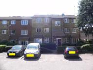 2 bed Flat for sale in Greenway Close, London...