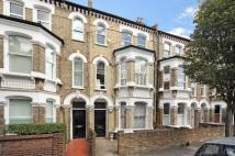 2 bed home in Vardens Road, London