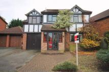 5 bed Detached property in Seymour Drive, Bromley