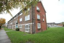 Flat in Turpington Close, Bromley