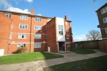 Flat in Cobham Close, Bromley