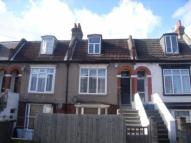 2 bedroom Maisonette in Milton Road, Croydon