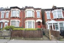 3 bed End of Terrace property in Whitehorse Lane, London