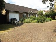 3 bedroom Bungalow in Fullerton Road, Croydon