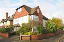 5 bed Detached home for sale in Thames Ditton, Surrey