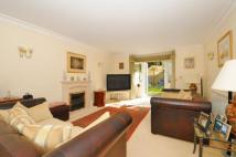 4 bed Detached home for sale in Manor Road North...
