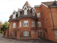 2 bed Flat in Leret Way, Leatherhead...