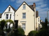 3 bed Flat in Leatherhead, Surrey