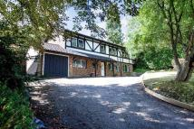 5 bed property in Furze Hill, Purley