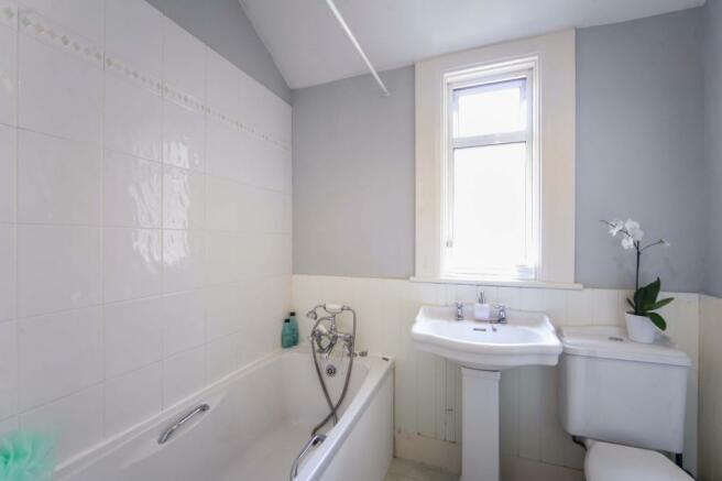 Familoy Bathroom
