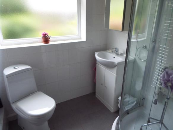 Shower room/ W/C