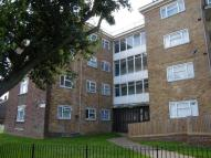 3 bed Flat in Castle Hill Avenue...
