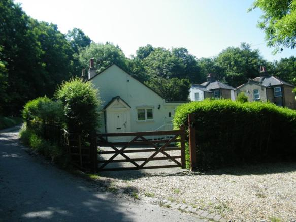 2 Bedroom Bungalow For Sale In Alwen Cottages Badgers