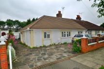 2 bed Semi-Detached Bungalow in Highfield Road, London...