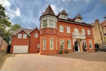 8 bedroom Detached home for sale in Westbury Road, London, W5