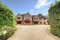 5 bed Detached property in Daleside, Gerrards Cross...