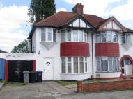 Flat in Chestnut Avenue, Wembley...