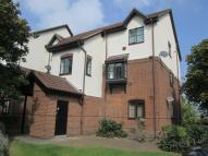 Flat in Harlington, Middlesex
