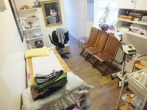 Beauty Room/Office