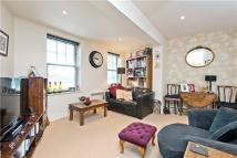 1 bedroom Flat for sale in High Street, Esher...