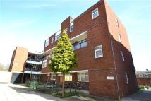 Maisonette for sale in Woking Close, London...