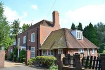 5 bedroom Detached home in Burwood Road, Hersham...