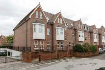 3 bedroom Flat in Bentley Place...