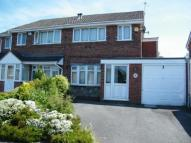4 bedroom semi detached house in Dursley Close...