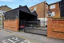 2 bed Flat in Castle Gate, Castle Mews...