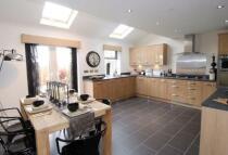 5 bedroom new property in Kingsmere Village...