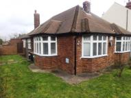 3 bedroom Bungalow in Luton Road, Dunstable...