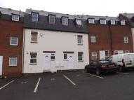 2 bedroom Maisonette in Pollys Yard...