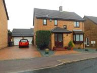 Detached property in Snowford Close, Luton...