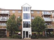 Flat for sale in Foxglove Way, Luton...