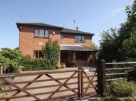 5 bedroom Detached property in London Road, Bozeat...