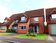 3 bed Detached property for sale in Fieldfare, Sandy...