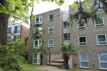 Flat for sale in Fircroft...