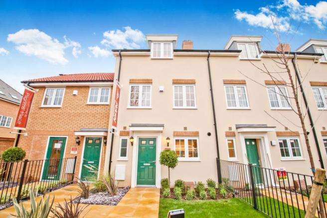 3 bedroom house for sale in pilgrims place littlebourne for Canterbury home show