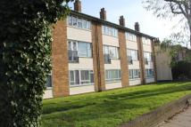 Maisonette in Elderslie Road, London