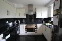 3 bedroom Maisonette in Oakways, London