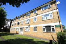 2 bedroom Flat in Holmhurst, Hither Green...